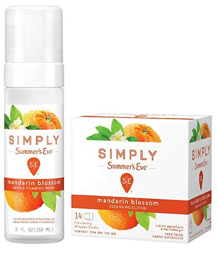 3. Summer's Eve Mandarin Blossom, Cleansing Combo Pack, 1-5-Ounce Foam Wash, Plus 1-14 Count Cloths