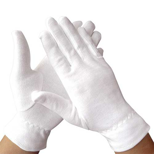 Best Moisturizing Gloves for Dry Hands 7. Dermrelief Cotton Gloves - for Beauty, Dry hands, Eczema, Dermatitis and Psoriasis (Medium, 3 Pairs)