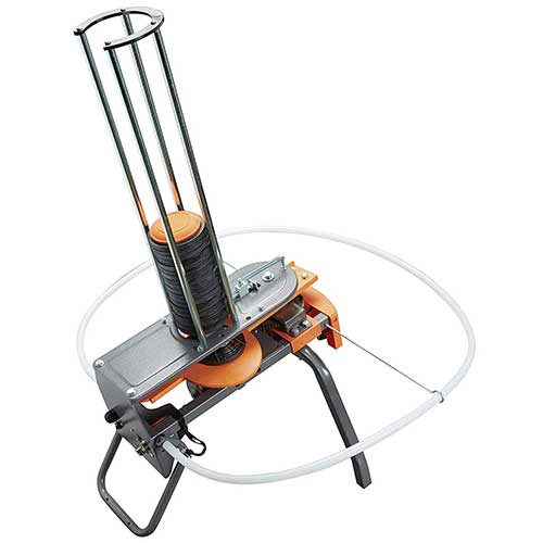 Best Clay Pigeon Throwers 5. Champion Workhorse Electronic Trap