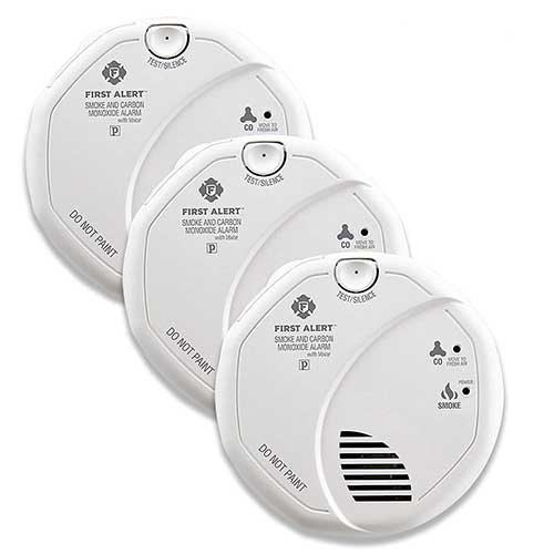 Best Smoke Detectors for Kitchen 7. First Alert BRK SC7010BV-3 Hardwired Talking Photoelectric Smoke and Carbon Monoxide (CO) Detector, 3 Pack