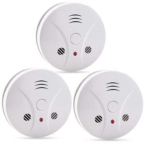Best Smoke Detectors for Kitchen 2. 3 Pack Fire Alarms Smoke Detector Battery Operated with Photoelectric Sensor and Silence Button, Travel Portable Smoke Alarms by vitowell