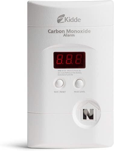 1. Kidde Nighthawk Plug-In AC/DC Carbon Monoxide Alarm Detector